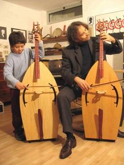 Il bassotto - Il contrabbasso per bambini suonato dal maestro Luciano Girardengo